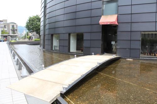 0125:京都コンサートホール 旧レストランへのブリッジ