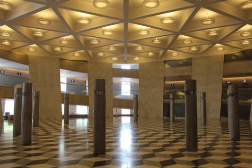 0125:京都コンサートホール 円錐台の内部①