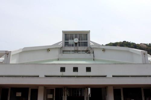 0128:直島小学校 正門手前から