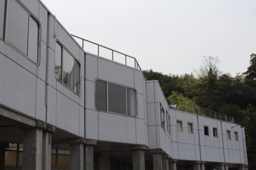 0129:直島中学校 中学校外観②