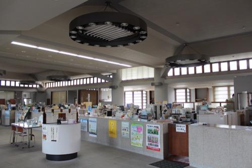 0130:直島町役場 窓口スペース②