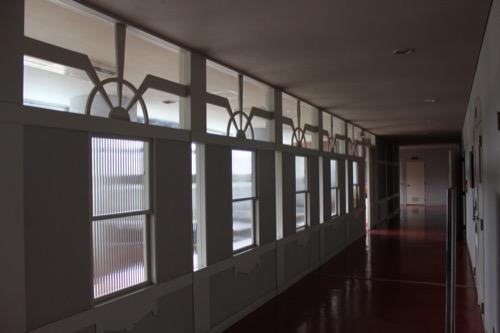 0130:直島町役場 食堂の壁面デザイン