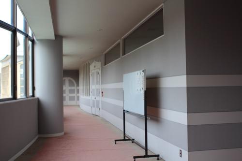 0130:直島町役場 3階フロアの廊下