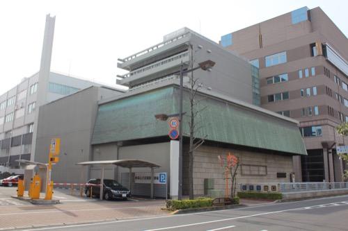 0133:香川県文化会館 県道沿い北側からの眺め