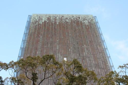 0134:百十四銀行本店 夕方の高層棟西側ファサード