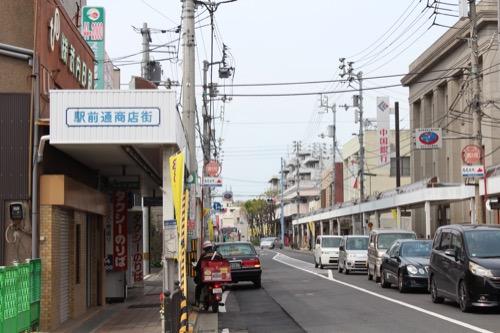 0135:坂出人工土地 駅前商店街の奥に見える人工土地
