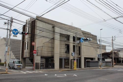 0136:西園寺 交差点の向かい側から