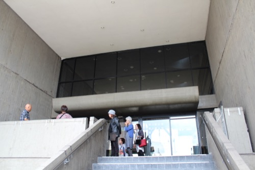 0140:岡山県天神山文化プラザ ロビーへの西側入口