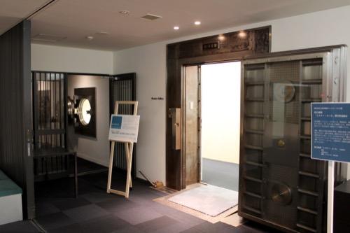 0143:ルネスホール ギャラリー入口