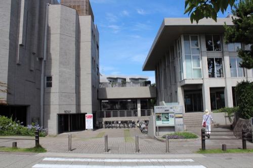 0153:芦屋市民センター 入口広場
