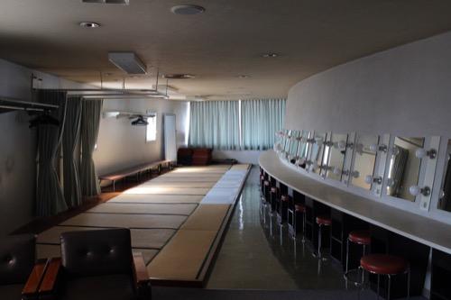 0159:岐阜市民会館 楽屋