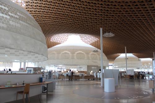 0160:ぎふメディアコスモス 図書館全体風景①