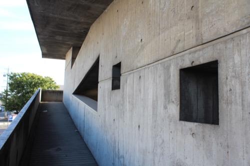 0161:羽島市庁舎 望楼とスロープ拡大②