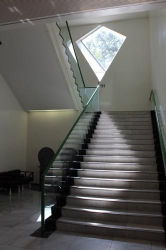 0162:名古屋市美術館 階段スペース①