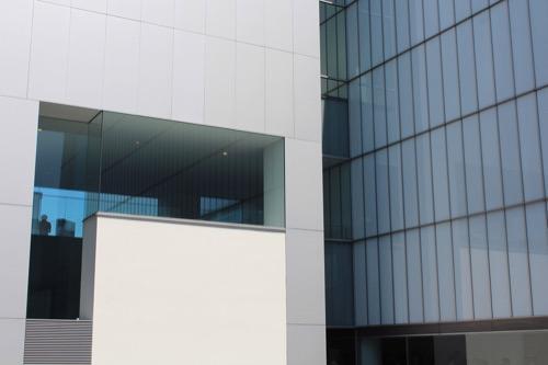 0167:豊田市美術館 エントランススペースより