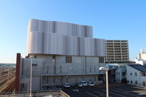 0168:穂の国とよはし芸術劇場 南側外観