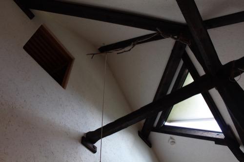 0171:秋野不矩美術館 エントランスを見上げる