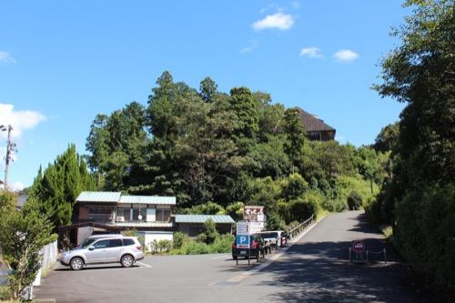 0171:秋野不矩美術館 正門からの眺め