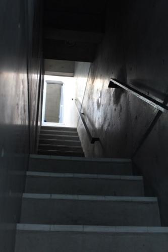 0172:日本橋の家 階段①