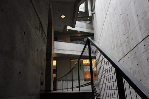 0177:ガレリアアッカ 階段をのぼる