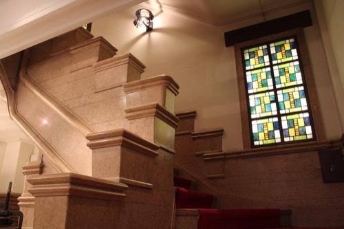 0181:生駒ビルヂング 1階の階段②