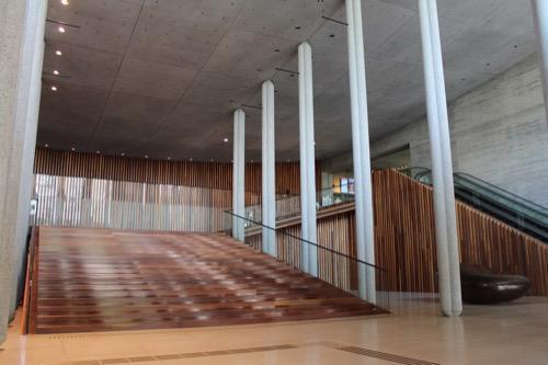 0150:兵庫県立芸術文化センター メインエントランス①