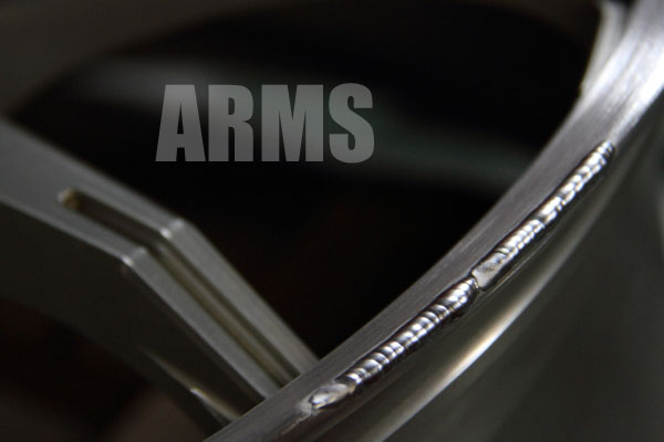 TWS Airverde (エアヴェルデ) リムの傷補修