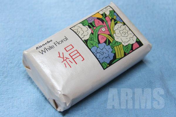 カネボウ 絹石鹸 古い石鹸