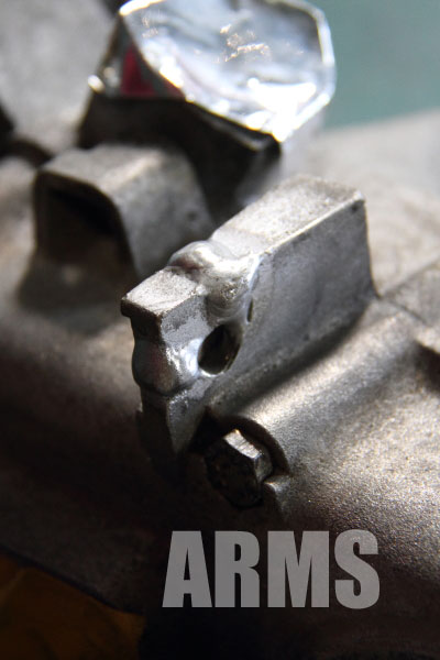 べスパ オート三輪 エンジンケース化バー 部品 破損 溶接修理 VESPA
