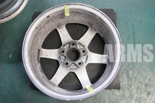 レイズ TE37 BMW用 ホワイト 曲がり修理