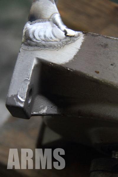 モーター MOTOR ブレーキ付き 日立 取り付けブラケットの破損 アルミ溶接 修理