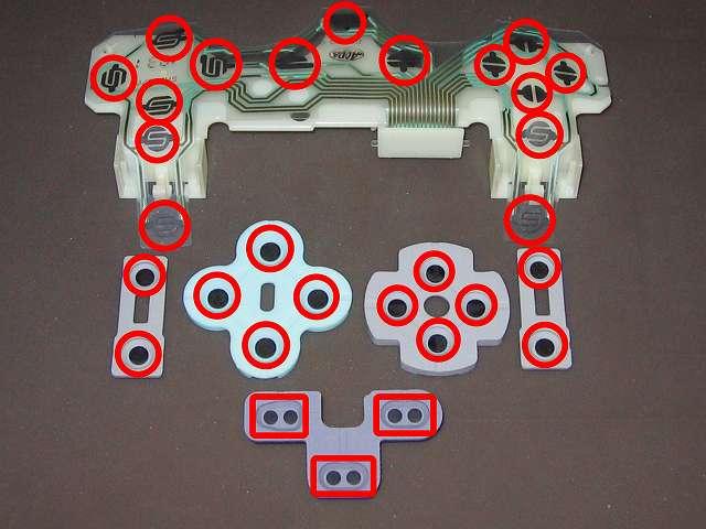 PS コントローラー(デュアルショック エメラルド) スプレーを使ってメンテナンス、フレキシブル基板(フィルム基板)とラバーパッドの接点部分に、無水エタノールを湿らせた綿棒で接点を拭く