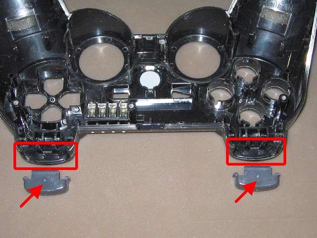 PS3 コントローラー(デュアルショック 3) スプレーを使ってメンテナンス、L1・R1 ボタンと L1・R1 ボタン溝のすれ合う部分にドライファストルブを噴射