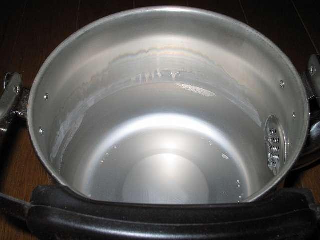 エルマース ステンレス製 広口ケトル 3.2L H-2042 水垢落とし、ステンレスケトル内面にこびりついた水垢