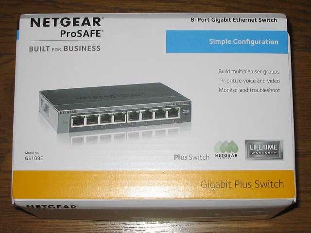 NETGEAR ネットギア アンマネージプラススイッチ ギガ 8ポート スイッチングハブ 管理機能付 無償永久保証 GS108E-300JPS パッケージ正面