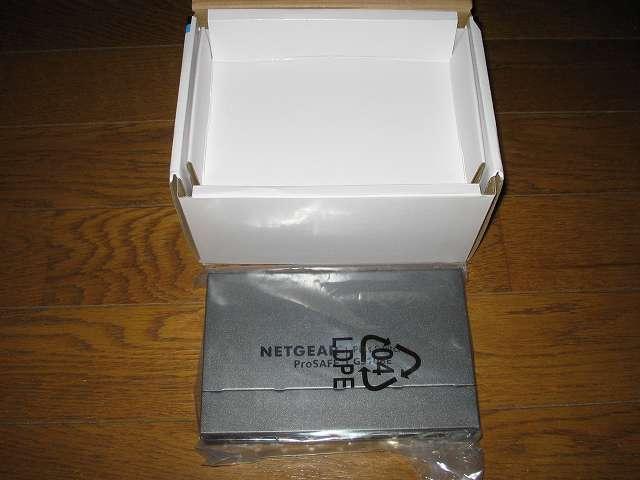 NETGEAR ネットギア アンマネージプラススイッチ ギガ 8ポート スイッチングハブ 管理機能付 無償永久保証 GS108E-300JPS 本体取り出し