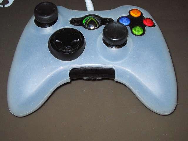 Xbox 360 コントローラー(ブラック) スプレーを使ってメンテナンス、コントローラーカバーとアナログスティックカバーを装着して完了