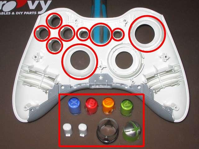 Xbox 360 コントローラー(ホワイト) スプレーを使ってメンテナンス、ABXY ボタンの側面とセレクト・スタートボタン、Xbox ガイドボタンとそれぞれのボタン穴のすれ合う部分とアナログスティックの装着穴部分にドライファストルブを噴射