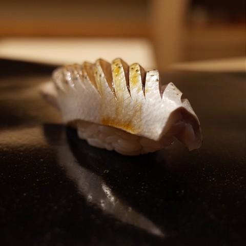akisugita17.jpg