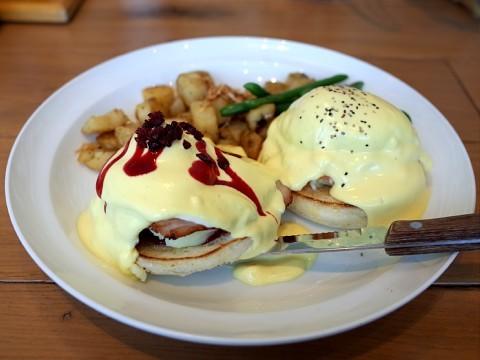 eggsnkawasaki07.jpg
