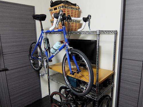 秘密基地だー!ワイヤーラックが自転車ラックに!