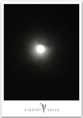 満月の後で クリスタル ベリー