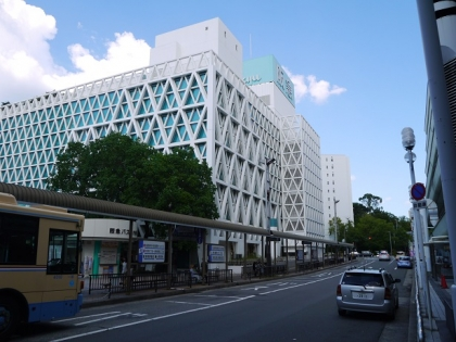千里中央駅東口