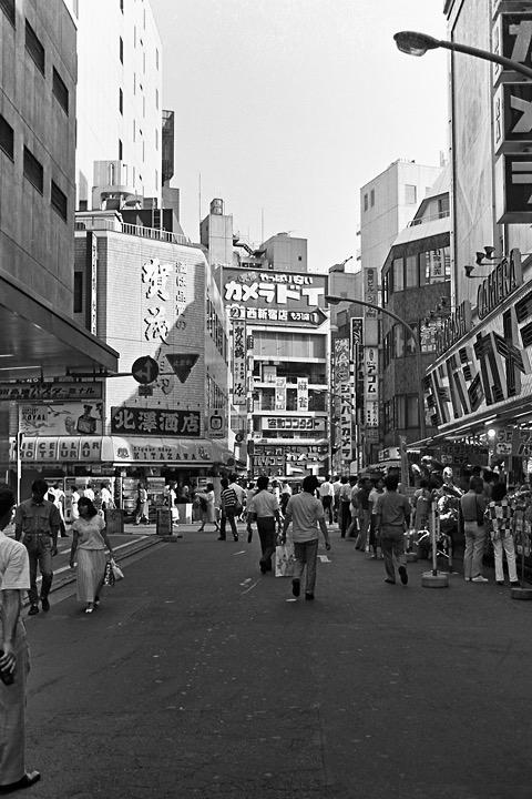 1987新宿西口ヨドバシカメラ前