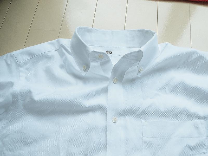 ユニクロ ボタンダウンシャツ