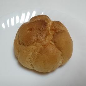 いちごのシュークリーム02