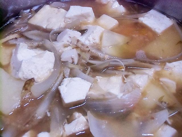根菜豆腐の味噌汁