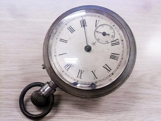 3-懐中時計です