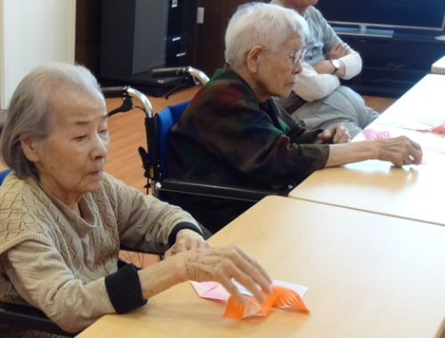 20160711 波の花 手芸折り紙クラブ1