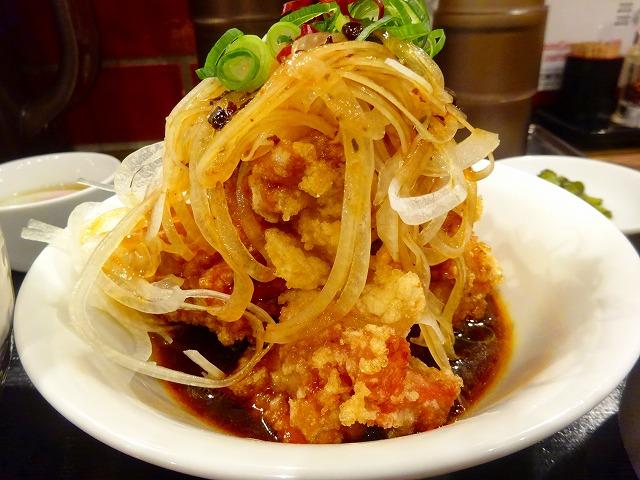 すする担々麺3 (3)